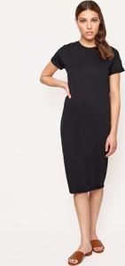 Czarna sukienka Byinsomnia z krótkim rękawem