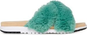 Niebieskie klapki EMU