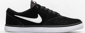 Czarne trampki Nike SB z zamszu sznurowane z płaską podeszwą
