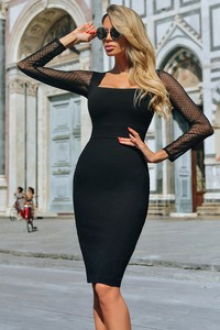 Czarna sukienka Ivet.pl midi z długim rękawem