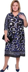 Sukienka modneduzerozmiary.pl dla puszystych z długim rękawem