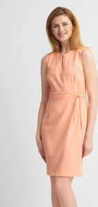 Różowa sukienka QUIOSQUE mini prosta