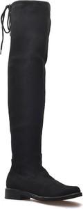 Czarne kozaki Caprice za kolano z płaską podeszwą na zamek