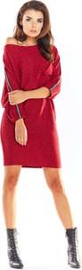 Czerwona sukienka Awama z długim rękawem w stylu casual oversize
