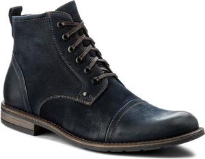 Granatowe buty zimowe gino rossi z tworzywa sztucznego