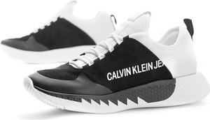 Sneakersy Calvin Klein sznurowane z płaską podeszwą