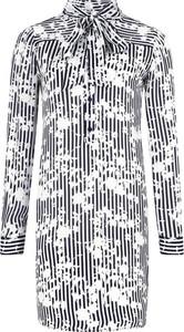 Sukienka Michael Kors z jedwabiu z kołnierzykiem z długim rękawem