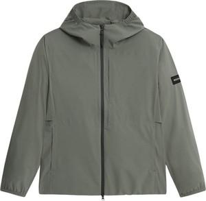 Zielona kurtka Woolrich w stylu casual
