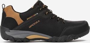 Czarne buty sportowe Multu w sportowym stylu ze skóry