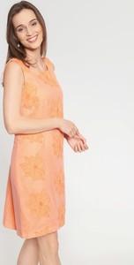 Pomarańczowa sukienka QUIOSQUE prosta