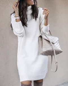 Sukienka Kendallme prosta w stylu casual z długim rękawem
