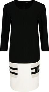 Sukienka Elisabetta Franchi z długim rękawem w stylu casual prosta