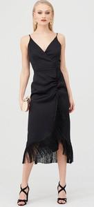 Czarna sukienka River Island na ramiączkach z dekoltem w kształcie litery v w stylu boho