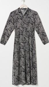 Sukienka Sinsay midi z długim rękawem w stylu casual