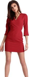Czerwona sukienka Ivon mini z dekoltem w kształcie litery v z długim rękawem