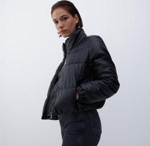 Czarna kurtka Reserved bez kaptura w stylu casual ze skóry