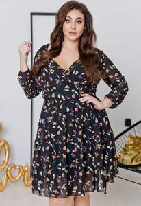 Sukienka tono.sklep.pl z długim rękawem rozkloszowana