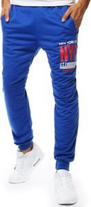 Niebieskie spodnie sportowe Dstreet
