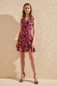 Sukienka Trendyol rozkloszowana w stylu casual