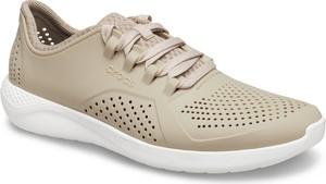 Buty sportowe Crocs sznurowane z płaską podeszwą