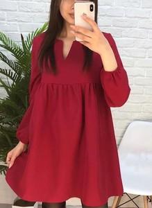 Czerwona sukienka Sandbella mini z długim rękawem