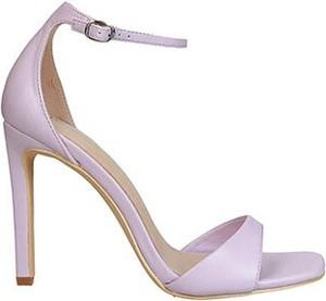 Fioletowe sandały DeeZee z klamrami ze skóry