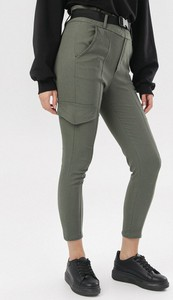 Zielone spodnie born2be