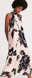 Sukienka Reserved w stylu casual oversize