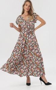 Sukienka born2be z krótkim rękawem maxi z dekoltem w kształcie litery v