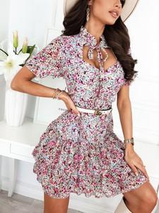 Sukienka Infinityfashion.pl z krótkim rękawem