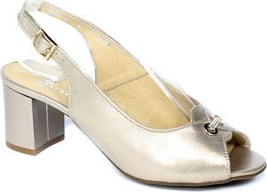 Złote sandały Grodecki na średnim obcasie na obcasie
