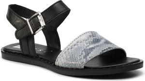 Czarne sandały Nessi z płaską podeszwą