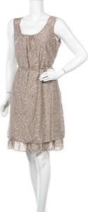Sukienka Fred Sabatier bez rękawów z okrągłym dekoltem