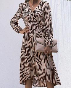 Sukienka Kendallme w stylu casual kopertowa z długim rękawem