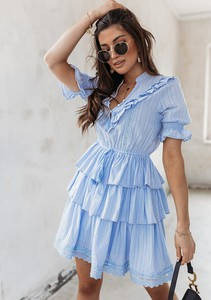 Niebieska sukienka Latika z krótkim rękawem mini