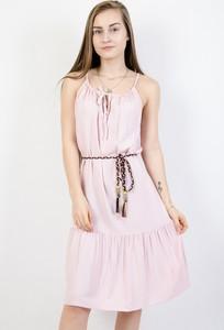 Różowa sukienka Olika z okrągłym dekoltem mini