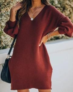 Sukienka Kendallme prosta z długim rękawem w stylu casual
