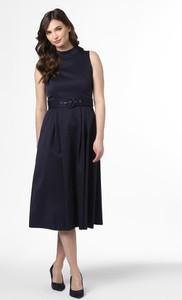 Granatowa sukienka Marie Lund bez rękawów midi rozkloszowana