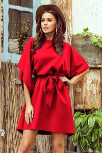 Czerwona sukienka NUMOCO z okrągłym dekoltem z długim rękawem mini