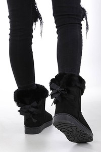 Czarne śniegowce Casu z płaską podeszwą