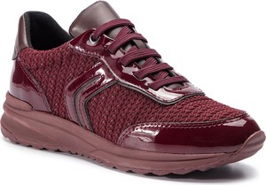 41305938e538b Buty sportowe Geox sznurowane z płaską podeszwą w sportowym stylu
