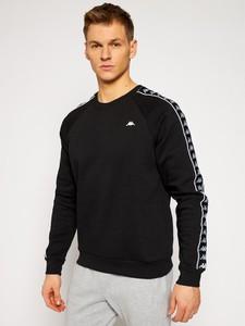 Czarna bluza Kappa w sportowym stylu