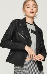 Czarna kurtka Sinsay krótka w rockowym stylu