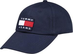 Niebieska czapka Tommy Jeans z nadrukiem