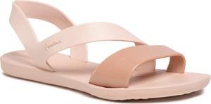Różowe sandały Ipanema w stylu casual z płaską podeszwą