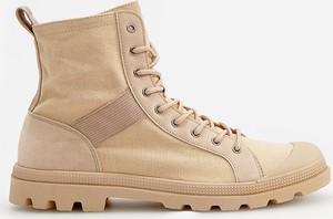 Buty zimowe Reserved w sportowym stylu