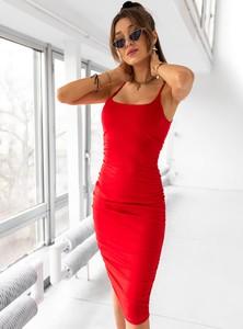 Czerwona sukienka SELFIEROOM z okrągłym dekoltem dopasowana z bawełny