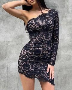 Sukienka Kendallme z długim rękawem z dekoltem w kształcie litery v