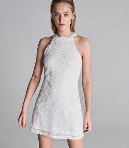 Sukienka Sinsay z dekoltem halter dopasowana