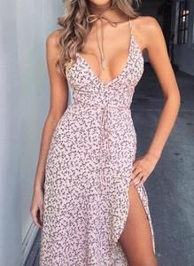 Różowa sukienka Cikelly na ramiączkach